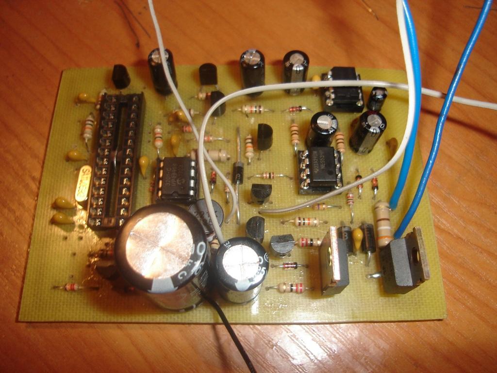 схема аналогового металлодетектора с дискриминацией